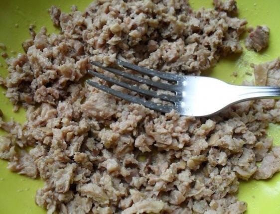 Закуска с печенью трески - фото шаг 3
