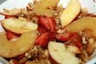 Салат с ананасом и яблоком