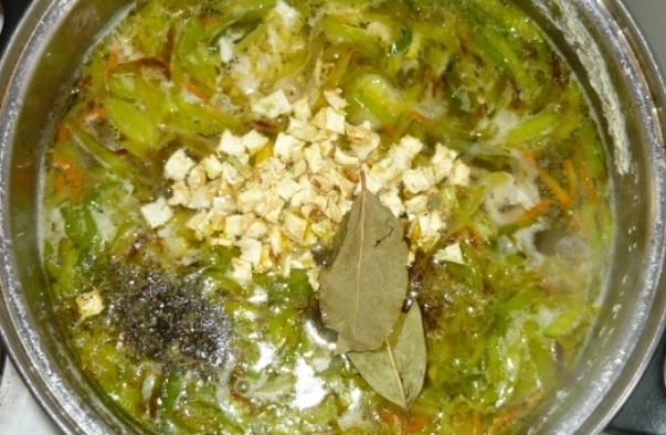 Куриный суп с омлетом - фото шаг 9