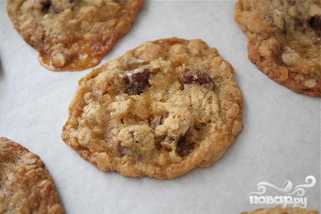 Печенье с овсяными хлопьями и шоколадом - фото шаг 7