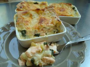 Лазанья с лососем и шпинатом - фото шаг 10