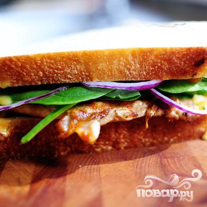 Горячие бутерброды с курицей и абрикосовым соусом - фото шаг 13