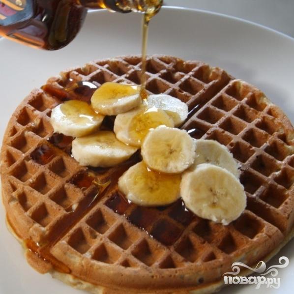 Бананово-ореховые вафли - фото шаг 8
