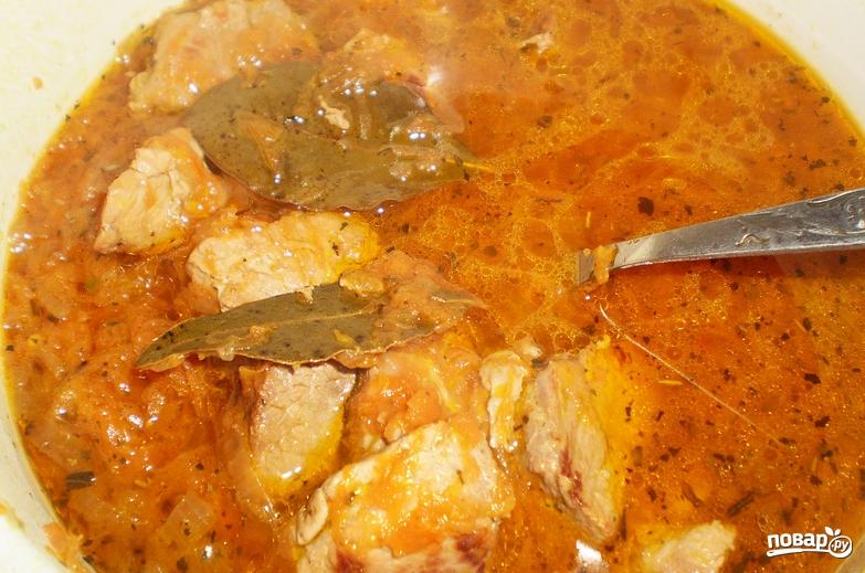 Азу из свинины с подливкой - фото шаг 7