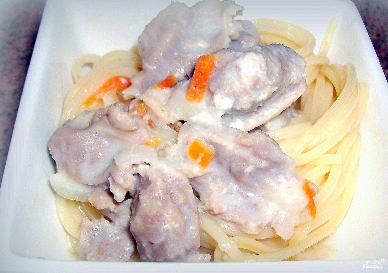 Куриные желудки в сливочном соусе
