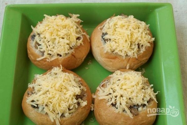 жульен с курицей и грибами рецепт с фото в булочках