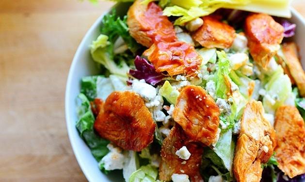 Салат с жареной курицей - фото шаг 6