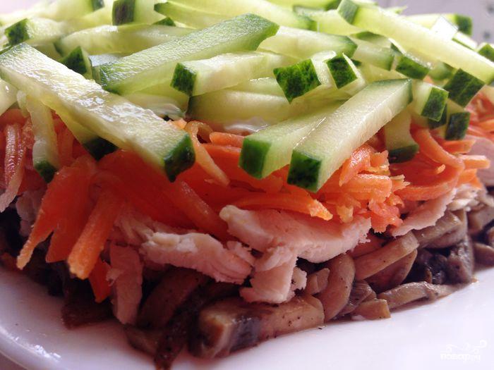 """Салат """"Восторг"""" с корейской морковью - фото шаг 4"""