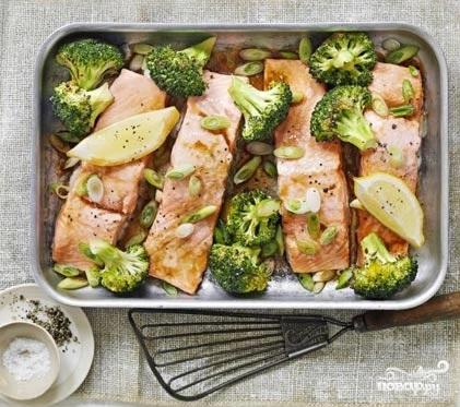 Рецепт Рыба с брокколи в духовке