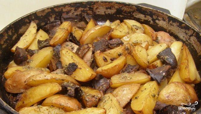 Мясо с картошкой в духовке рецепт с фото со сметаной
