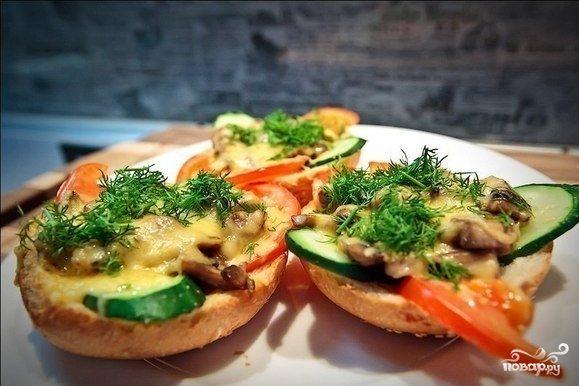 Рецепт Горячие бутерброды с помидорами