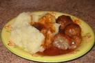 Тефтели с сырым рисом