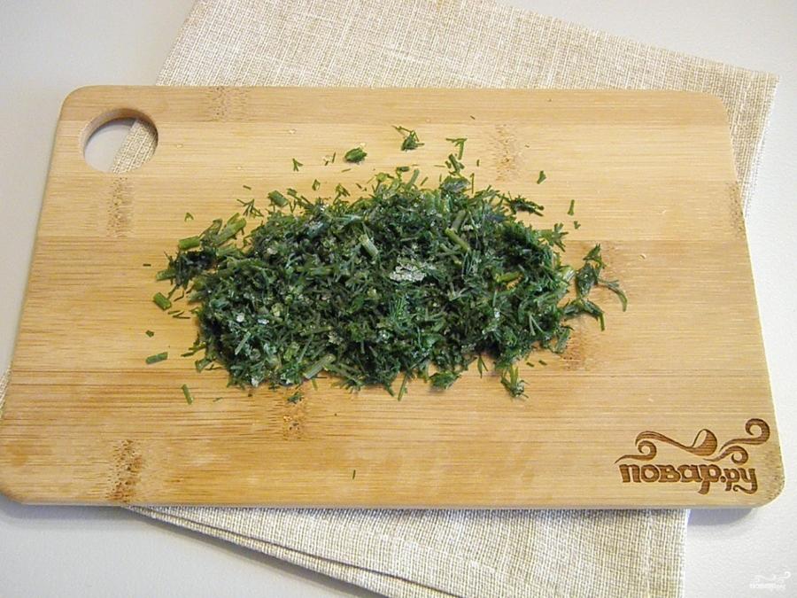 Салат с кириешками и кукурузой - фото шаг 3