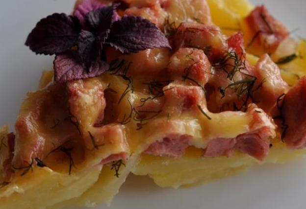 Картофельная запеканка с колбасой - фото шаг 7