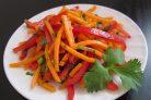 Морковный салат со сладким перцем