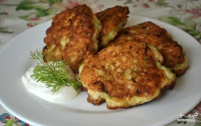 Рецепт Кабачковые оладьи с куриным фаршем