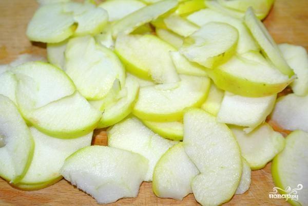 Пирог с яблоками и орехами - фото шаг 5