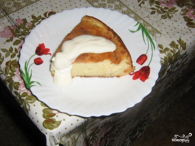 Творожная запеканка с бананом в духовке - фото шаг 6