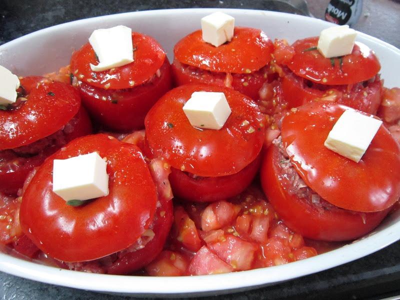 Фаршированные помидоры фаршем в духовке - фото шаг 5