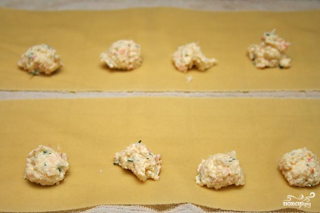 Равиоли с креветками и рикоттой - фото шаг 2