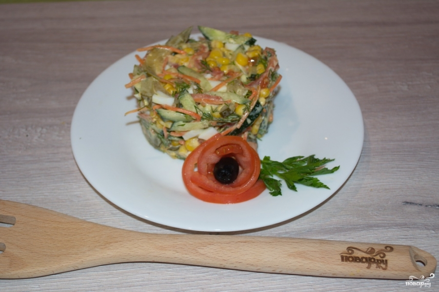 Салат с салями и кукурузой - фото шаг 6