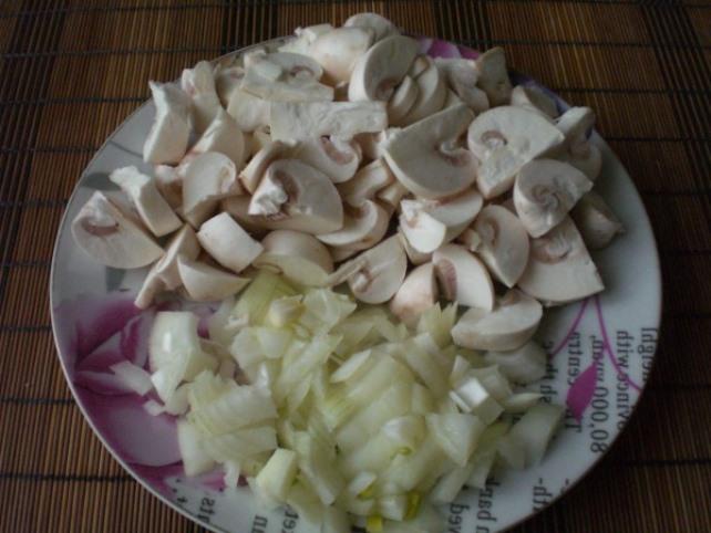 Суп с грибами и вермишелью   - фото шаг 2