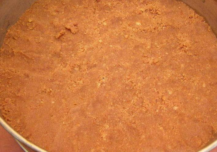 Клубнично-шоколадный торт с творожной прослойкой - фото шаг 5