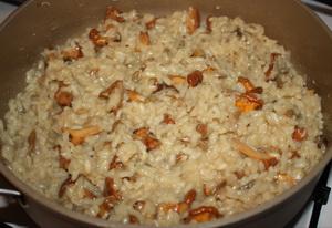 Лисички, жареные с рисом - фото шаг 8