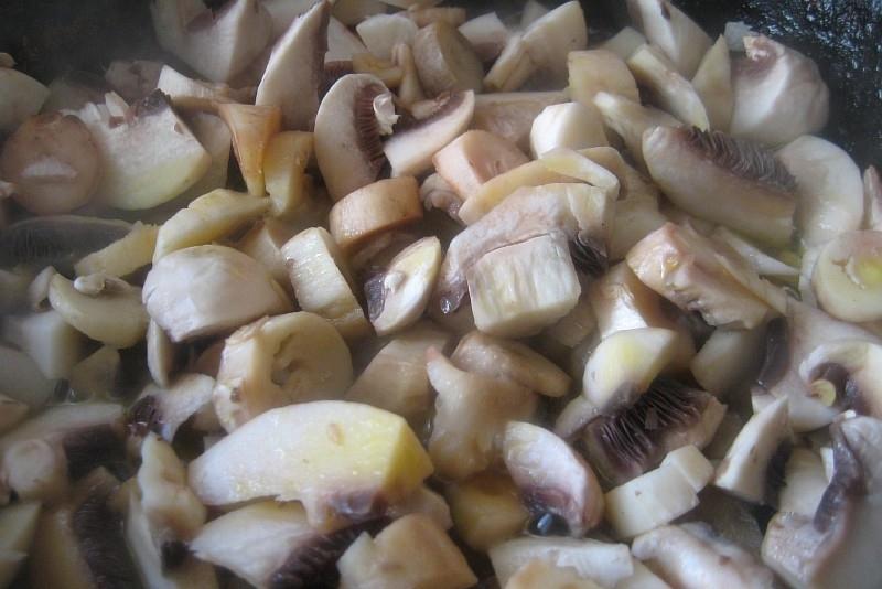 Рецепт Салат с грибами и яйцами