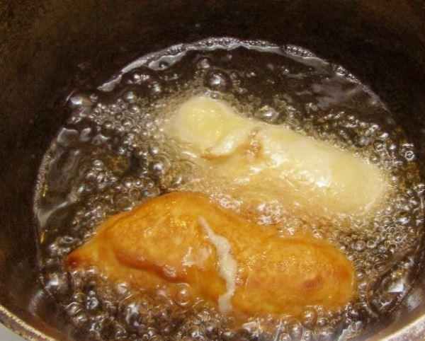 Сосиски в кляре на сковороде   - фото шаг 6