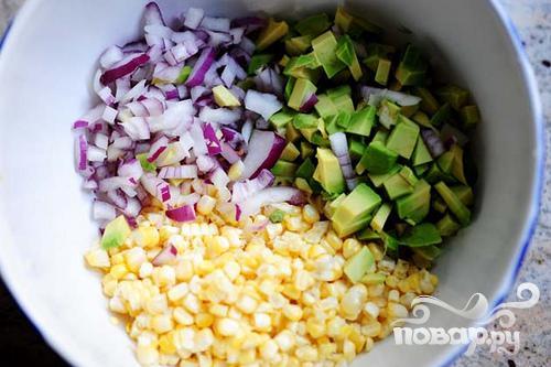 Сальса из свежей кукурузы и авокадо - фото шаг 4