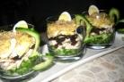 Салат-коктейль с курицей и черносливом