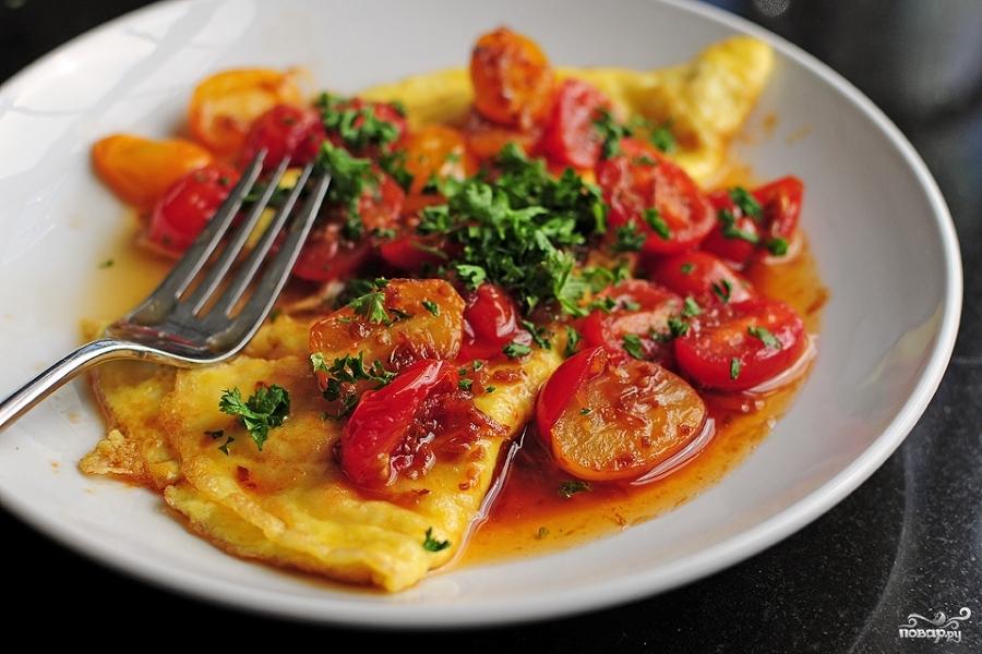 Яйца с помидорами - фото шаг 9