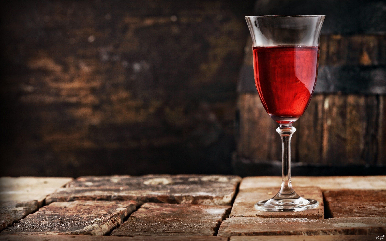 Вино из вишни с косточками