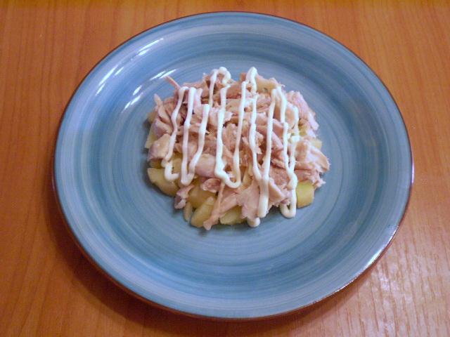 Слоеный салат с корейской морковью и курицей - фото шаг 4
