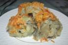 Тушеный минтай с морковью и луком