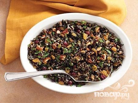 Рецепт Плов из дикого риса с клюквой и орехами