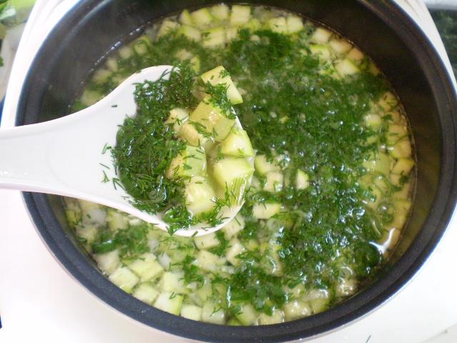 Летний суп с курицей - фото шаг 8
