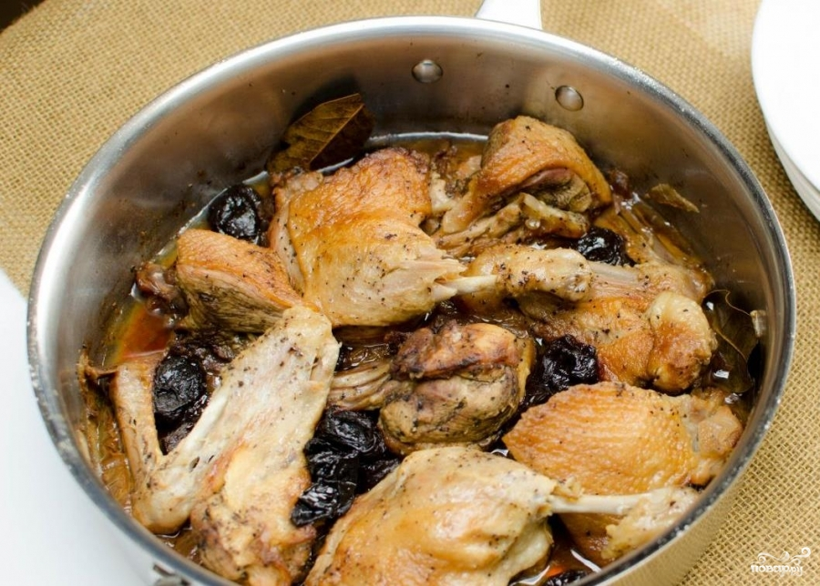 Тушеная утка с черносливом рецепт с фото