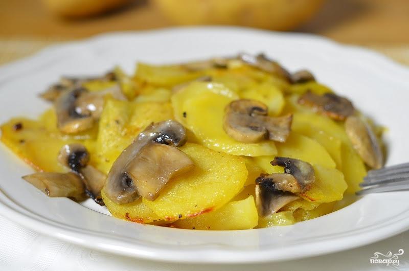 Салат с ветчиной и грибами и картошкой рецепт в 113