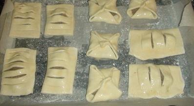 Дрожжевые пирожки с начинкой - фото шаг 6
