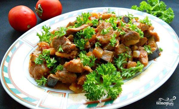 Рецепт Сочная свинина с баклажанами в мультиварке