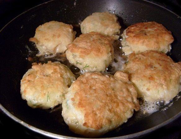 Картофельные зразы с курицей - фото шаг 6