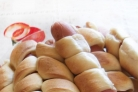 Сосиски в слоеном бездрожжевом тесте в духовке