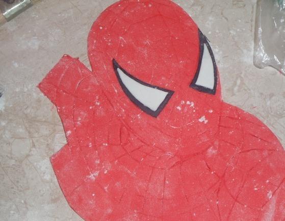 """Торт бисквитный """"Человек-паук"""" - фото шаг 6"""