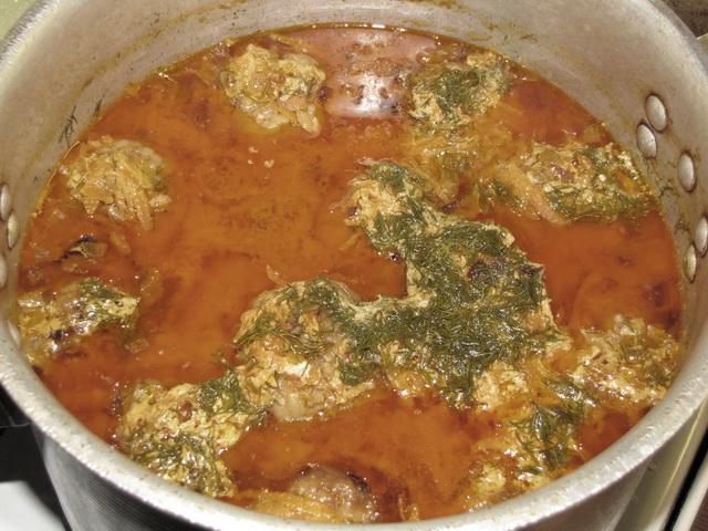 соус для ленивых голубцов со сметаной и томатной пастой