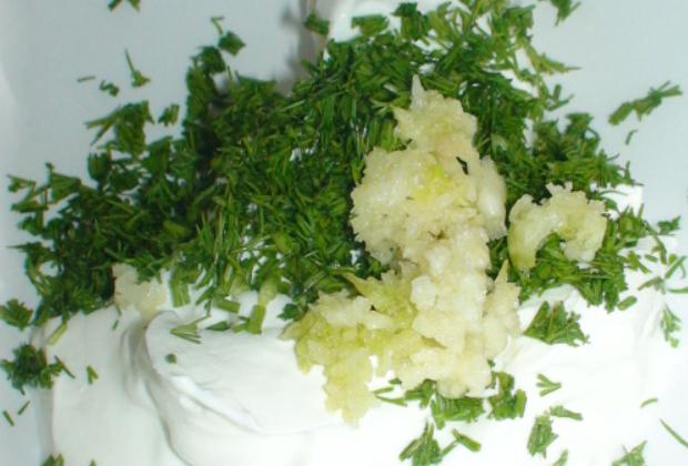 Крылышки в духовке в чесночном соусе - фото шаг 3
