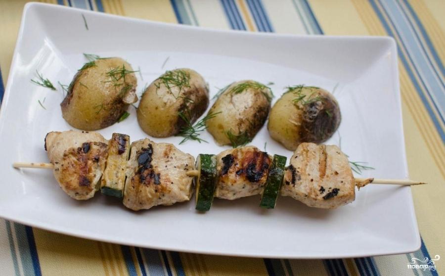 Куриные шашлычки в духовке - фото шаг 7