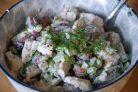 Салат из курицы, сельдерея и яблока