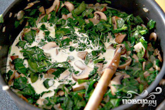 Запеченные яйца со шпинатом, грибами и беконом - фото шаг 4